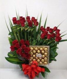 Arreglos-Florales-de-rosas-rojas-Para-El-Día-De-La-Madre